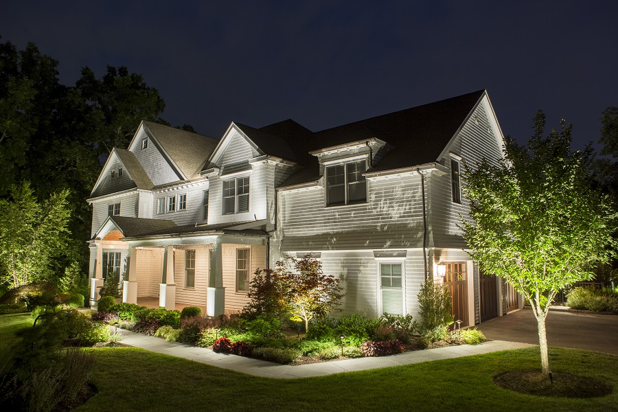 Add Luxury And Beauty To Your Home With Outdoor Lighting Control